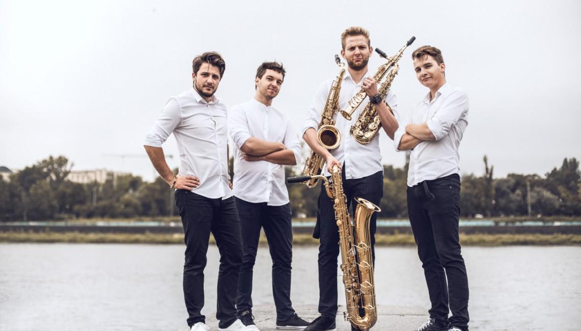 Poznajcie The Whoop Group, najbardziej żywiołowy i ambitny zespół saksofonowy w Polsce!
