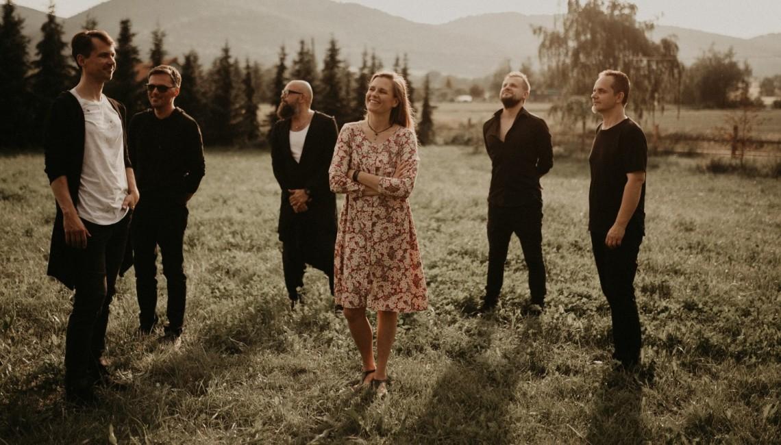 Mikromusic prezentuje pierwszy utwór zapowiadający nowy album zespołu