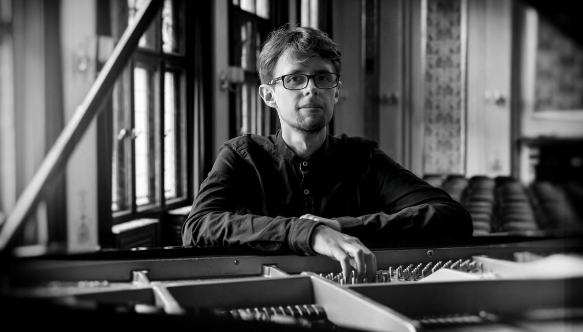 """Nowy singiel Sebastiana Zawadzkiego """"Songs About Time"""""""