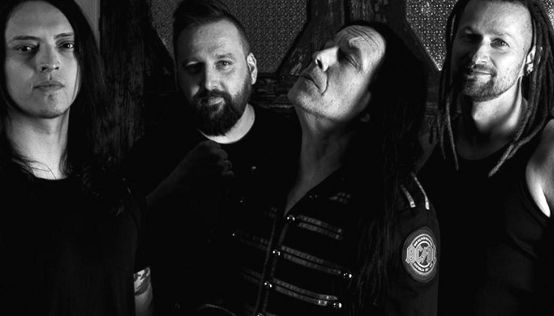 Titus powraca z nowym zespołem i… shotem sygnowanym jego nazwą