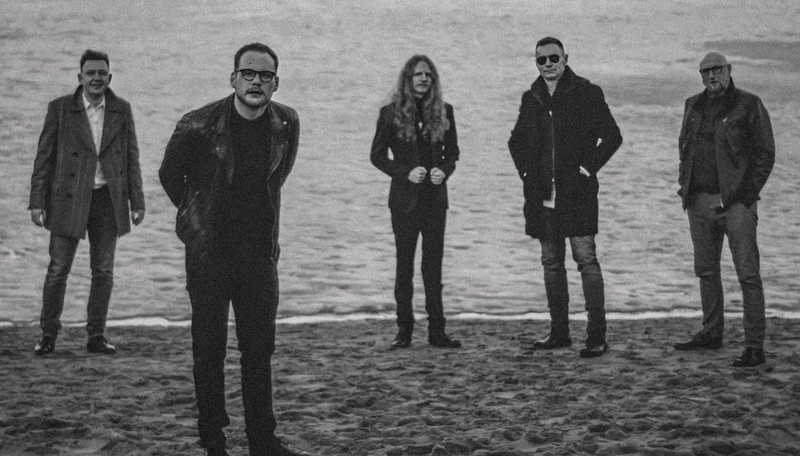 """Toruński zespół Nocti  przedstawia debiutancki album """"Nic o miłości"""""""