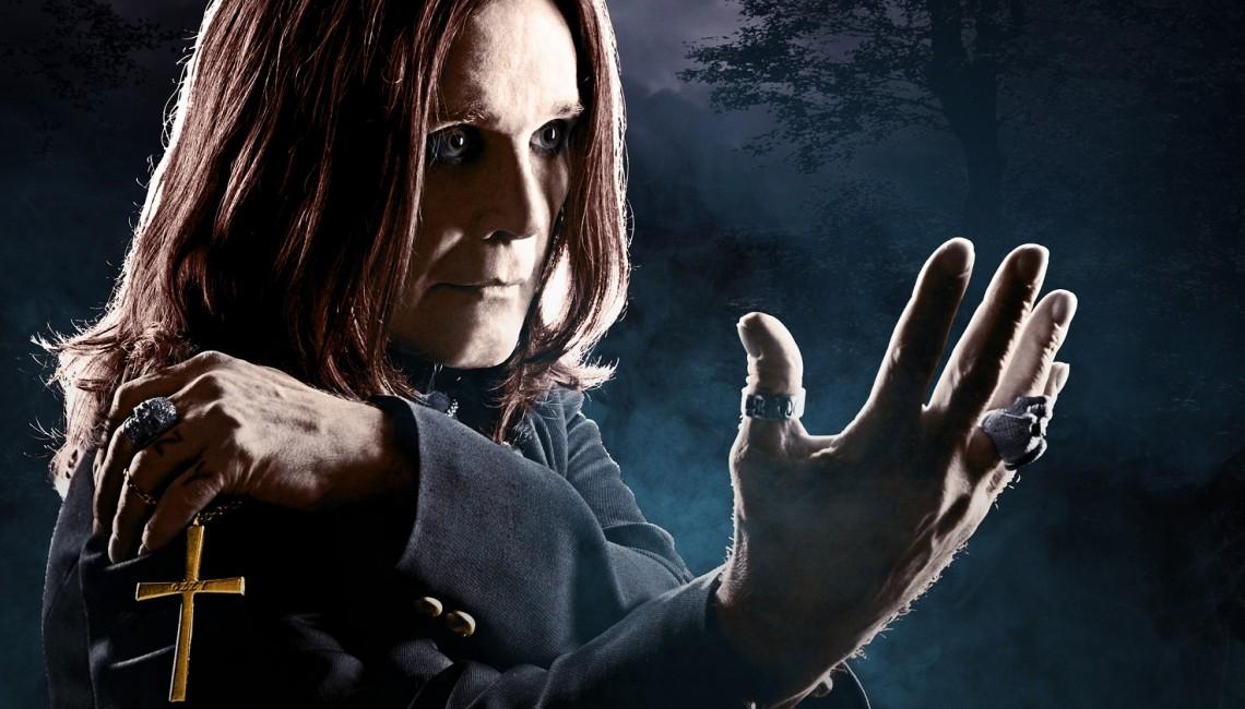 Król Ciemności Ozzy Osbourne powraca w cmentarnej scenerii!