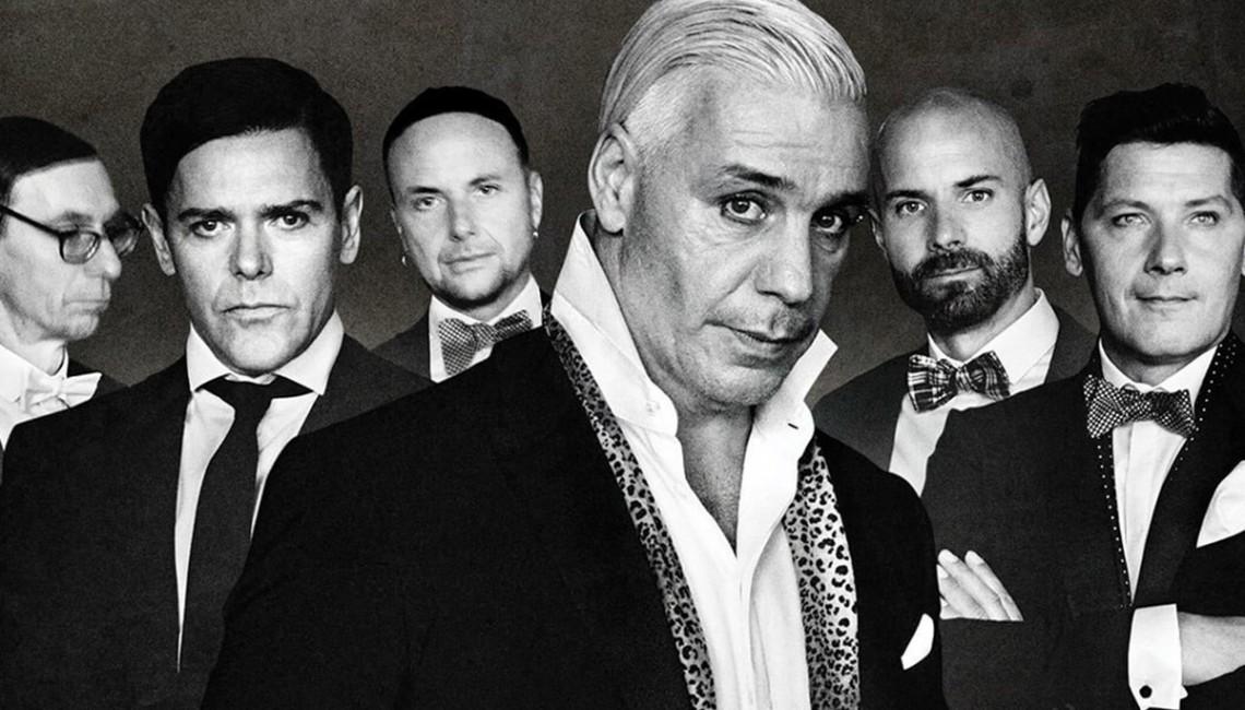 """Muzycy Rammstein przebili samych siebie. Zobacz kontrowersyjny klip do """"Radio"""""""