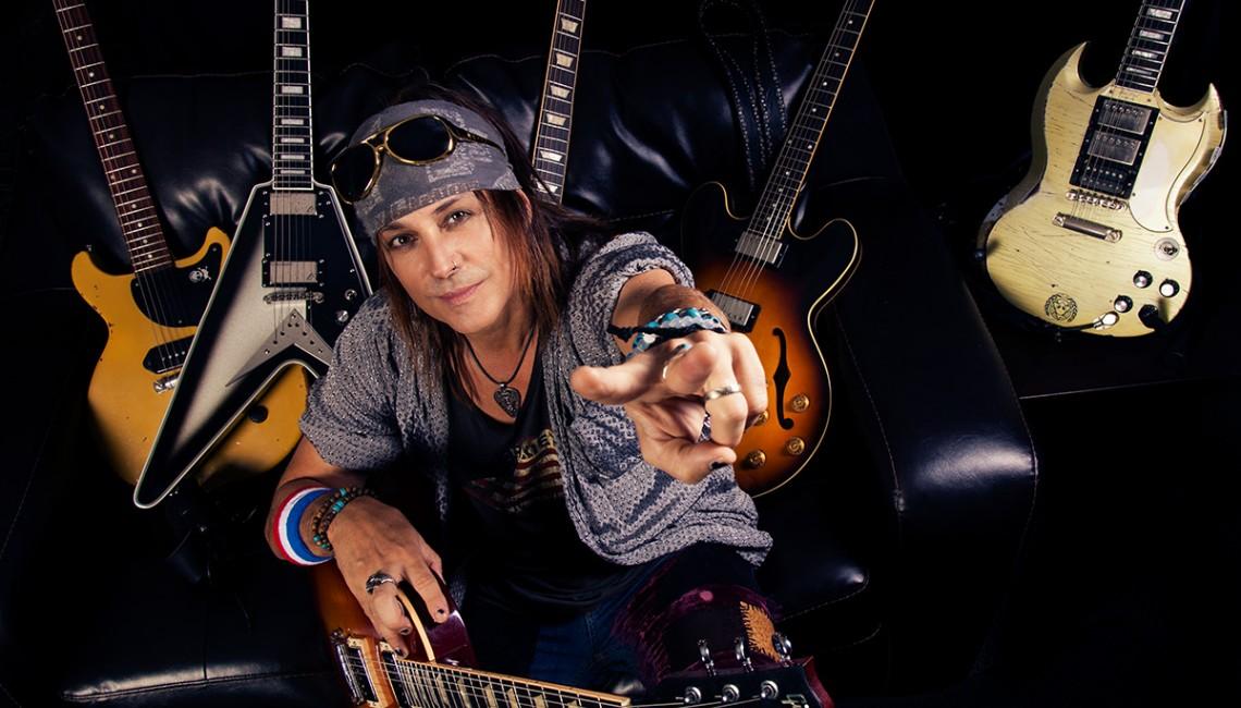 Ryan Roxie - wirtuoz gitary z Kalifornii