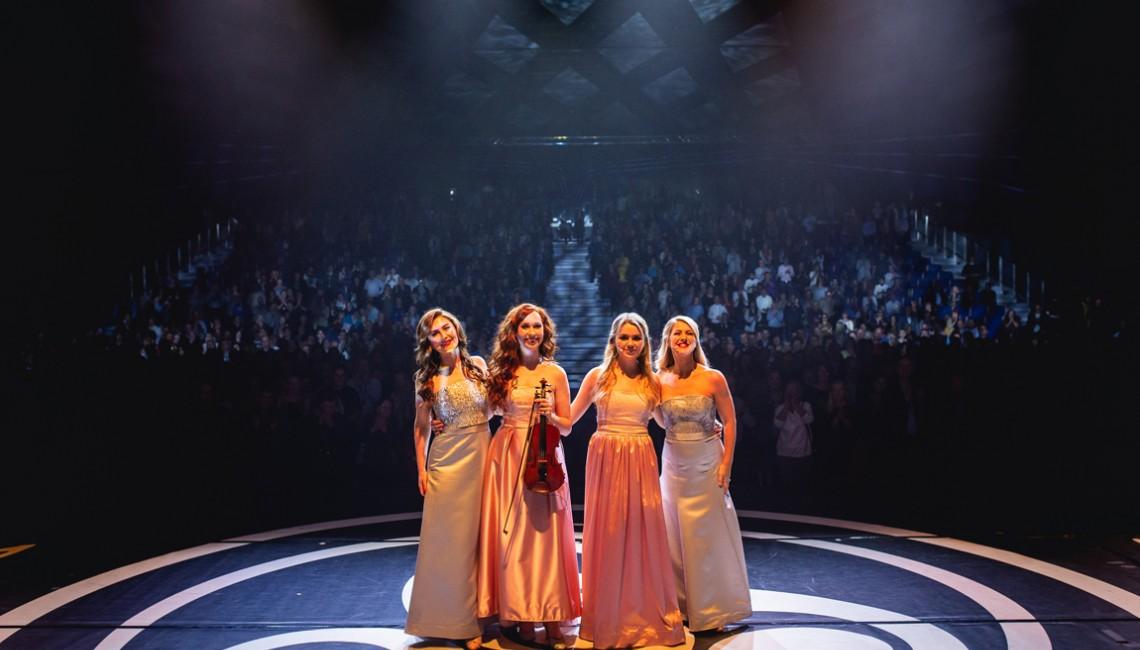 Kilkuminutowe owacje na stojące dla Celtic Woman w Poznaniu