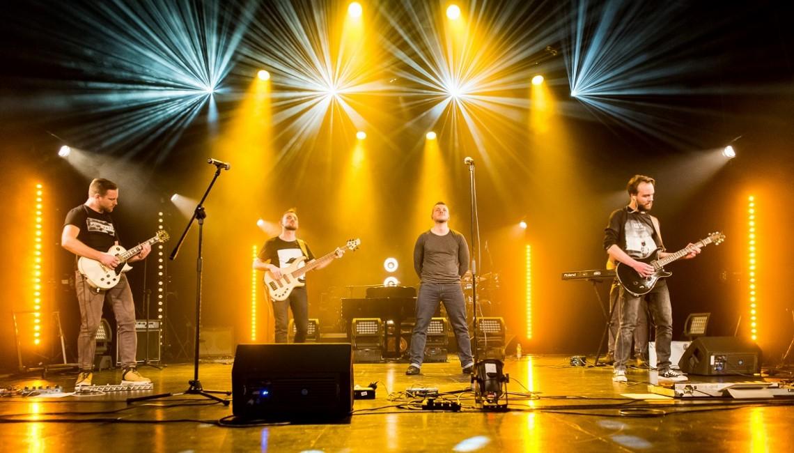 """Nowe wydawnictwo live zespołu Here on Earth: """"Live on Earth"""""""