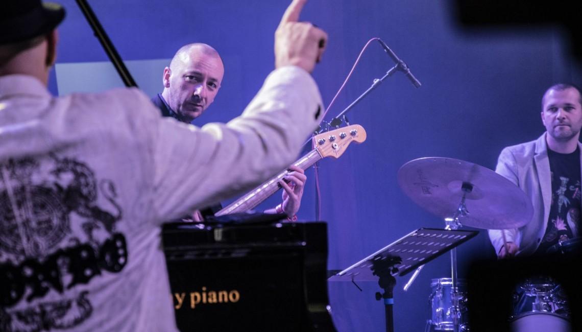 Jazzowa supergrupa Wojciecha Konikiewicza na Festiwalu Polskie Kręgi Sztuki w Chinach