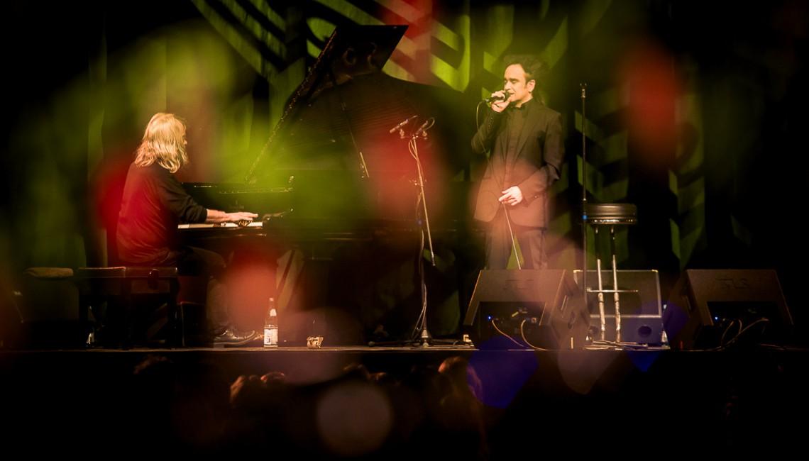 Nasza fotorelacja: Deine Lakaien i wyjątkowy koncert akustyczny w  warszawskiej Progresji