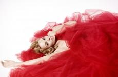 """Kylie Minogue prezentuje nowy singel – """"Real Groove""""!"""