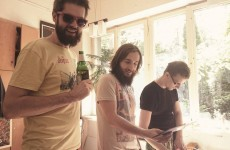 Premiera na Wyspa.fm: Nowy singel zespołu Latające Pięści