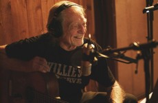 "Willie Nelson i ""First Rose Of Spring"""