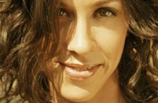 Macierzyńska płyta Alanis Morissette