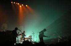 Arctic Monkeys przedstawiają złego bliźniaka