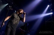 Wokalista Dream Theater znowu solo