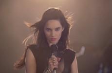 Ewelina Lisowska rzuca rocka - skok na kasę czy brak asertywności?