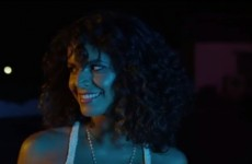 """Masz ochotę na latynoską imprezkę? Zobacz gorący klip Endo do """"Noche De Fiesta""""!"""