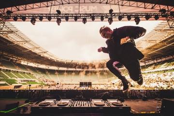 Bo jeden DJ to za mało! Genialny popis pięciu showmanów podczas Music Power Explosion we Wrocławiu