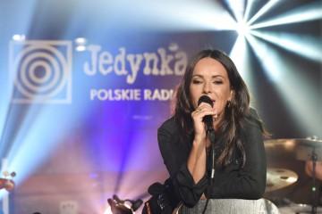 """Kasia Kowalska wystąpiła na scenie """"Lata z radiem"""" 2020 – fotorelacja z koncertu on-line"""