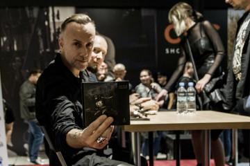 Nasza fotorelacja: Spotkanie grupy Behemoth z fanami w Katowicach