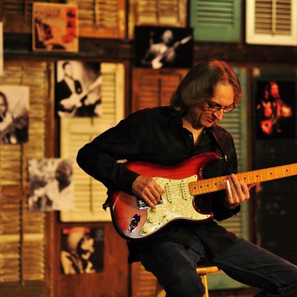 """Sonny Landreth: """"Zbieram gitary i cieszę się z  każdego nowego instrumentu jak dziecko z nowej zabawki"""""""