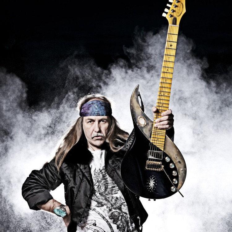 Legenda gitary na jedynym koncercie w Polsce!