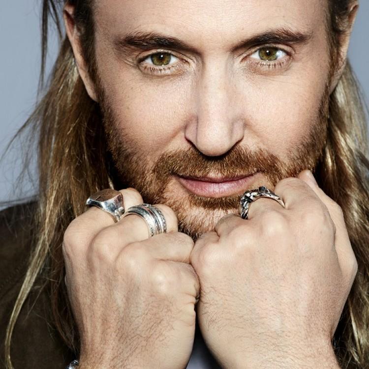 David Guetta i jego hymn na koniec lata