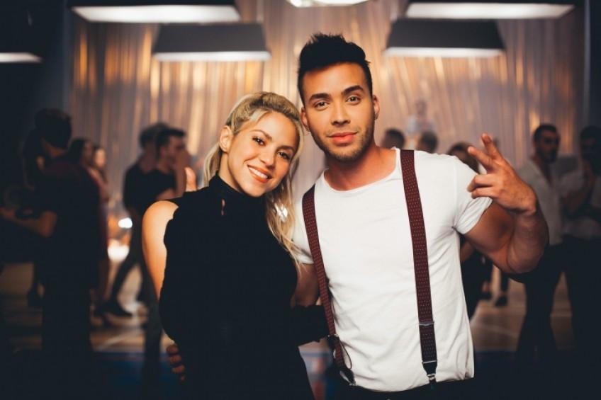"""Shakira i Prince Royce śpiewają i tańczą bachatę w teledysku """"Deja vu""""!"""